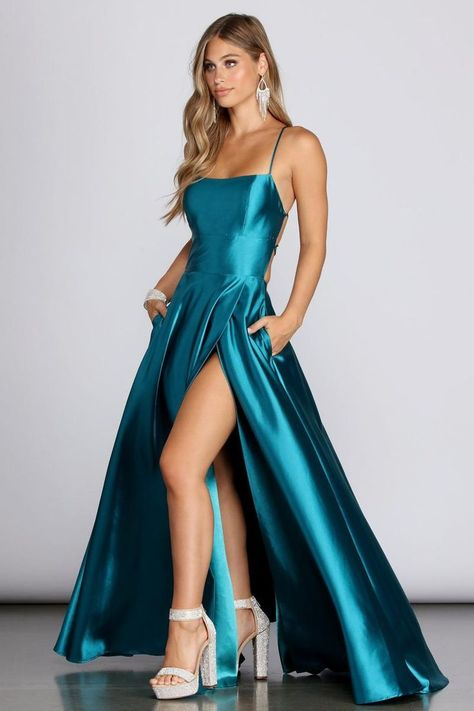 Discover recipes, home ideas, style inspiration and other ideas to try. Pretty Prom Dresses, Dresses To Wear To A Wedding, Hoco Dresses, Gala Dresses, Satin Dresses, Dance Dresses, Cute Dresses, Beautiful Dresses, Casual Dresses