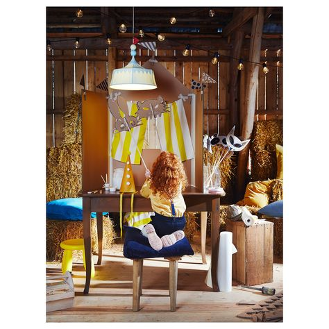 circus lamp for kids captures the magic of the spectacle