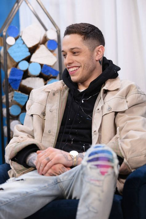 'SNL': Pete Davidson compares R. Kelly to the Catholic Church, addresses dating Kate Beckinsale - USA TODAY Christopher Abbott, Beautiful Boys, Pretty Boys, Beautiful People, Donald Glover, Frank Ocean, Drake, Snl Sketches, Harry Styles