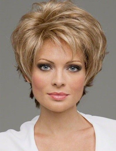 Cute Short Hairstyles | Lisa Rinna Hairstyles | How To Have Short Hair