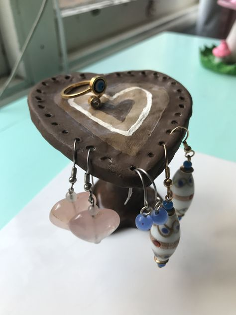 Clay Art Projects, Clay Pot Crafts, Diy Clay, Heart Earrings, Clay Earrings, Clay Jewelry, Ceramic Clay, Ceramic Pottery, Pottery Art