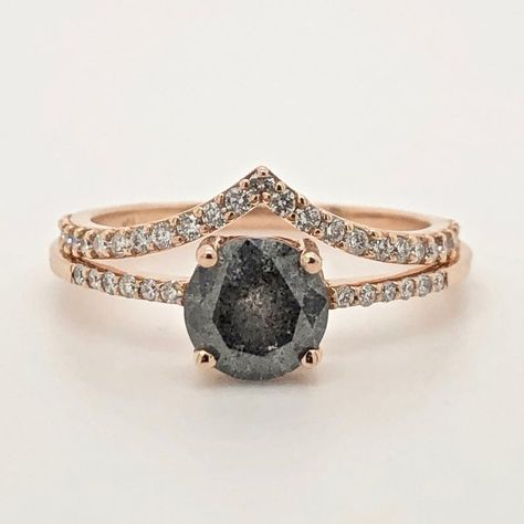 Salt and Pepper Diamond Ring, Gray Diamond Engagement Ring with Side Diamonds in Rose Gold Grey Diamond Engagement Ring, Ring Engagement, Black Rings, Black Diamond Wedding Rings, Unique Diamond Rings, Salt And Pepper Diamond, Uncut Diamond, Steampunk Necklace, Natural Diamonds