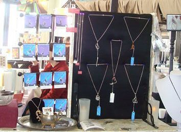 Do it yourself jewelry displays photos and instructions jewellery do it yourself jewelry displays photos and instructions jewellery display display and necklace display solutioingenieria Images