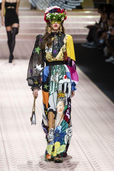 Dolce & Gabbana at Milan Fashion Week Spring 2019   Moda