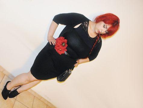 Outfit per una festa all'aperto.