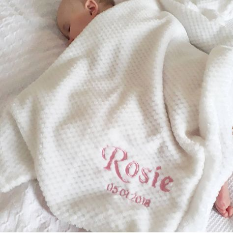 PERSONALISED BABY SHAWL NEW BABY GIFT EMBROIDERED Footprints and name date