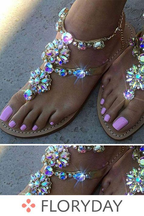 Flache Schuhe aus Strass