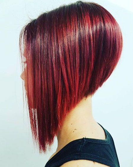 Ihr Bob Rot Geschichtet Geschichtet Haarschnitt Kurz Haarschnitt Kurzhaarschnitte
