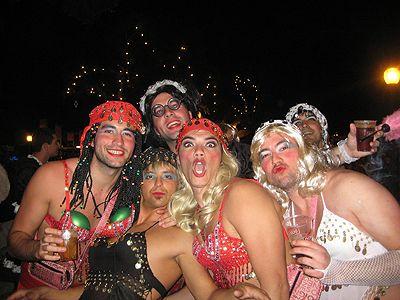 """Resultado de imagen de """"Pibe, vístete de piba candelaria carnaval"""