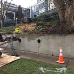 25 Best Concrete Retaining Wall Inspiration To Make Your Backyard Awesome Freshouz Com Concrete Retaining Walls Cinder Block Walls Inspiration Wall