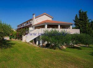 Find Homes For Sale In Hvar Indomio Hr Find Homes For Sale Vacation Apartments Property