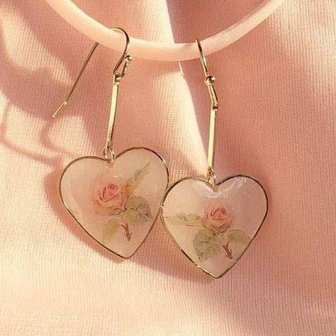Piercing ohren kette 50 ideas for 2019 Cute Jewelry, Jewelry Accessories, Fashion Accessories, Vintage Accessories, Gold Jewelry, Vintage Jewelry, Cute Earrings, Drop Earrings, Dangle Earrings