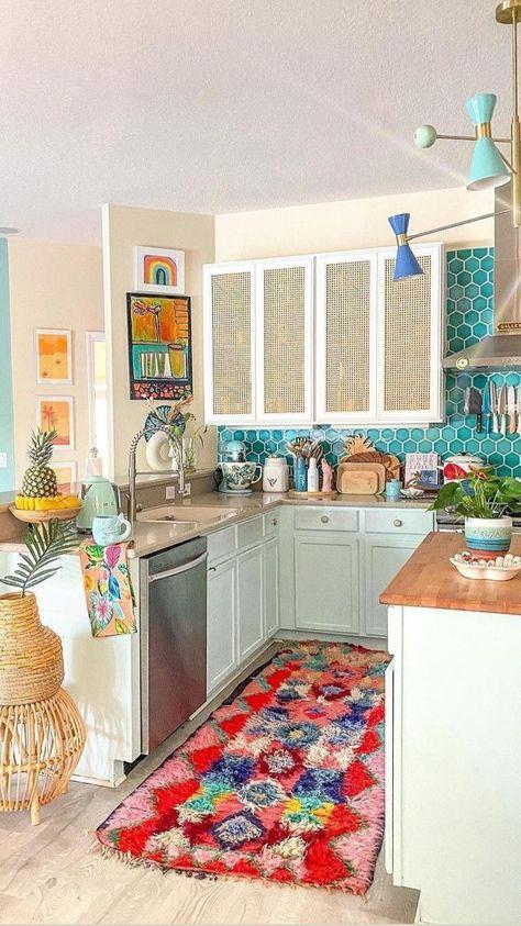 Interior S, Interior Design, Kitchen Dining, Kitchen Cabinets, Apartment Needs, Sims House, Traditional Kitchen, Home Design, Home Organization