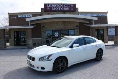 2014 Nissan Maxima 4dr Sdn 3 5 Sv W Premium Pkg White Sedan 4 Doors 13998 To View More Details Go To Https Www Missio Nissan Maxima Nissan Sedan