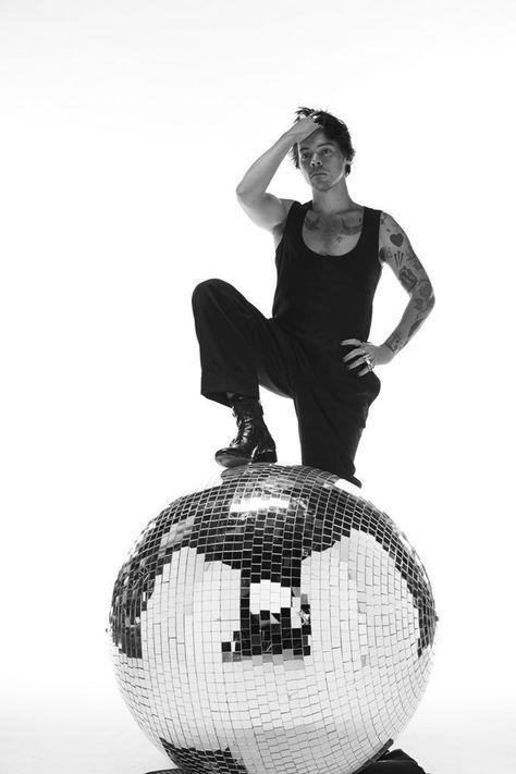 Harry Styles SNL photoshoot