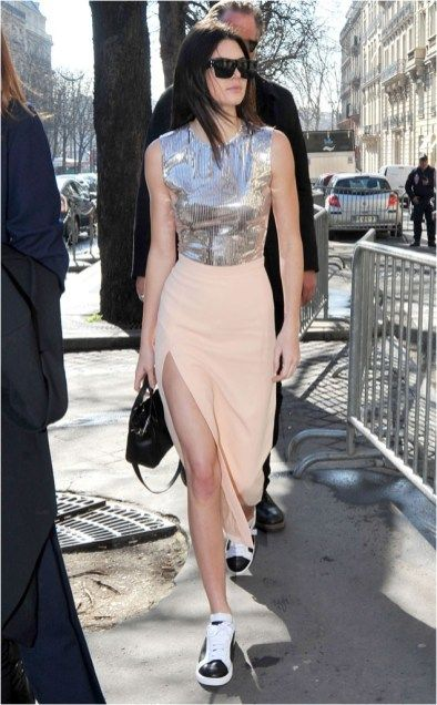 Metallic crop top and skirt and sneakers kendall jenner