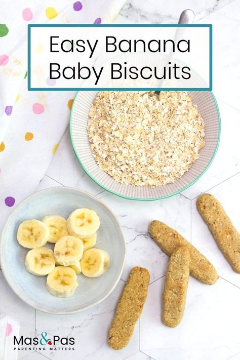 We love these healthy, homemade banana teething rusks. Made with simple, natural ingredients, they're tasty and fun for baby to work on with their mouths. They help them practice their chewing and releive sore gums. Healthy Baby Food, Healthy Toddler Meals, Easy Toddler Snacks, Food Baby, Toddler Food, Baby First Foods, Baby Finger Foods, Baby Teething Biscuits, Teething Cookies
