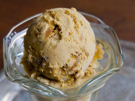 A frozen alternative to pumpkin pie, with gingersnap cookies and candied ginger folded inside.