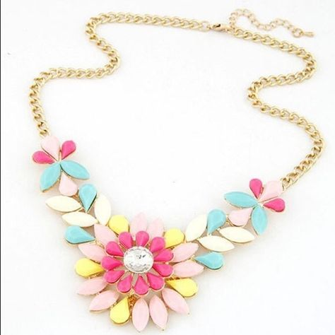 100% New! Luxurious Flower Collier Necklace It Comes Directly From Factory. Jewelry Necklaces