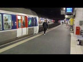 Metro Rer In Paris 2012 Paris Metro Paris Paris Video