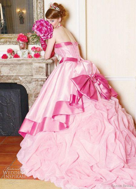 oh my goodness it's like a princess dress