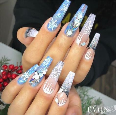 40+ Cute Blue Nail Designs For This Christmas