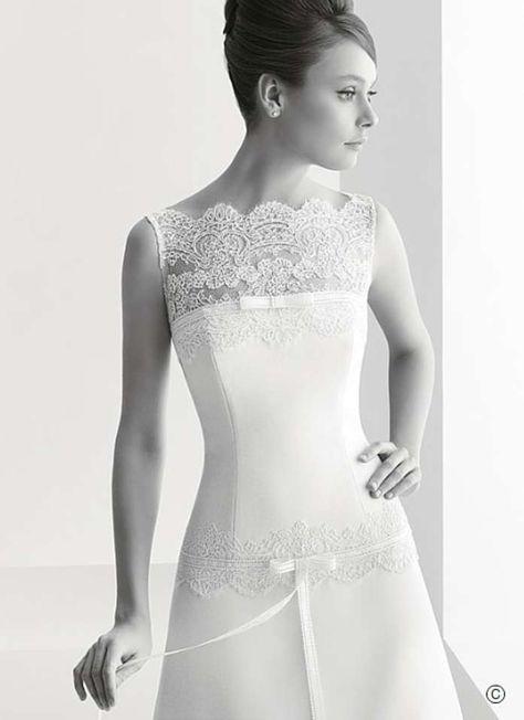 ae879711c7 Rosa Clará Ivory Lambert Modern Wedding Dress Size 6 (S) 80% off retail