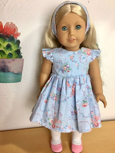 DIY Ruffled Flutter Sleeve dress tutorials for and dolls with free printable Pattern Sewing Doll Clothes, American Doll Clothes, Baby Doll Clothes, Sewing Dolls, Barbie Clothes, Baby Dress Patterns, Baby Clothes Patterns, Doll Sewing Patterns, Pattern Sewing