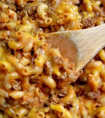 """Homemade Crazy Good Chili Mac, a healthy, natural """"Hamburger Helper"""". Could throw in extra veggies too."""