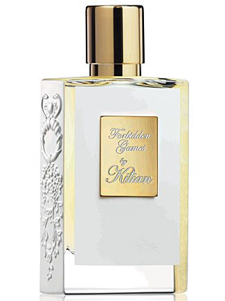 Forbidden Games Eau de Parfum by By Kilian Forbidden Games Notes Apple, peach, plum, cinnamon, Bulgarian rose, geranium bourbon, jasmine, vanilla, honey, opoponax.