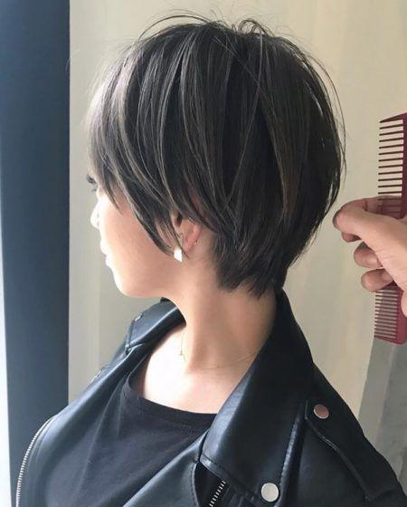 40代のショートヘアスタイル 髪型 面長 丸顔 パーマ Lala Magazine ララマガジン 50代 髪型 ヘアカット ヘアスタイル