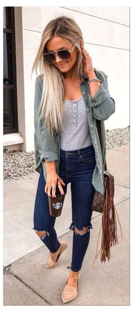 30+ Cute Spring Outfits You Need To Copy In 2020 Cute Casual Spring Outfits 2020: Trends & Pretty Looks | Spring Outfits 2020 Jeans | Are you looking for spring outfits women inspiration? Or perhaps you're after spring outfits for teen girls or spring outfits casual? Whatever it is that you're after, you'll find the best spring outfits 2020 women and spring fashion in this blog post! #springoutfits #springoutfitswomen #springoutfits2020 #casualoutfits #springfashion