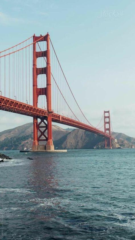 City Aesthetic, Travel Aesthetic, Golden Gate Bridge Wallpaper, Golden Wallpaper, Puente Golden Gate, Images Murales, Shotting Photo, City Wallpaper, Iphone Wallpaper