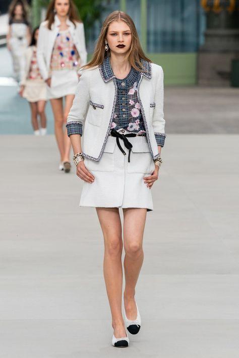Chanel Resort 2020 Fashion Show - Vogue