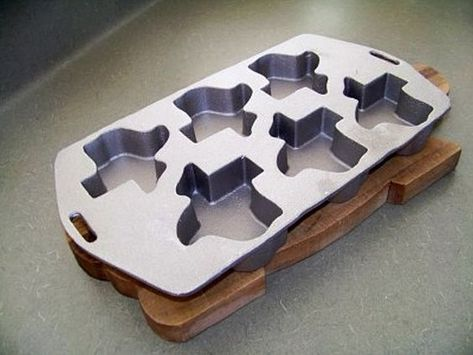 Cast Aluminum Texas Shaped Muffin Pan I Have This Really