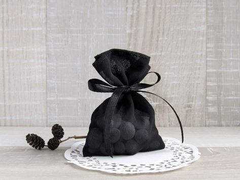 SET OF 10 - Gift favor bags are made from black veil fabric and satin ribbon. Adorable candy bags are the perfect finishing touch for your wedding and great for gift bags. #blackwedding #blackfavors #Blackpower #favorbags #wedding #gothic #black #party #gifts #favors