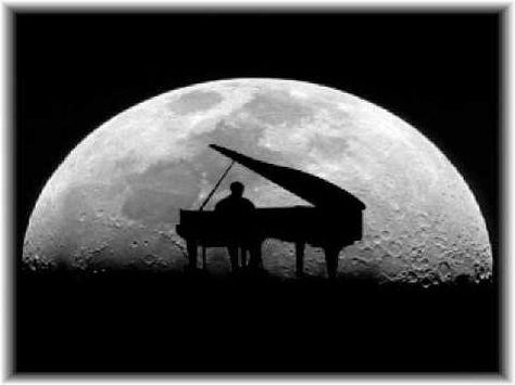 I remember everything in my life when I listen this melody... ( Moonlight Sonata (Sonata al chiaro di luna)