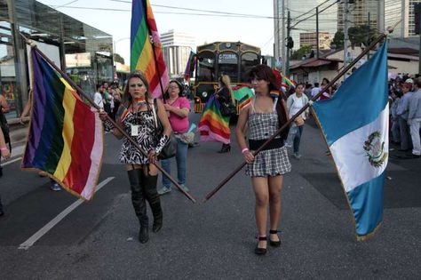 Guatemala celebrará con besos el Día contra la Homofobia y la Transfobia
