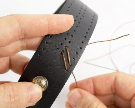 Laced Leather Cuff Step 7 Lacing The Leather Cuff Laced Lacing Leather Step Fashion Leder Nahen Leder Armband Leder