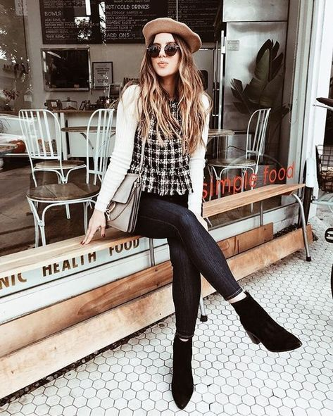 Casual school outfits, outfits with hats, winter outfits, trendy outfits,.