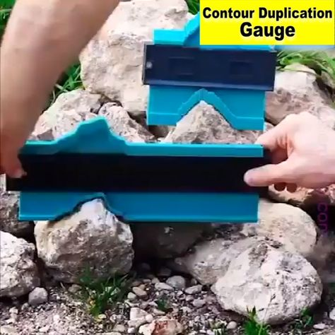 Trying to duplicate profiles and contours on your woodworking or auto body projects? Work with less hassle with the Contour Duplication Gauge! Copy the exact measurements and shapes with ease!