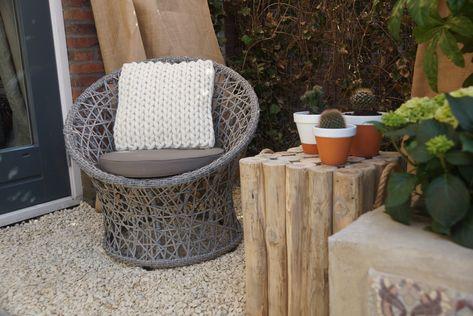 Rotan stoel met op maat gemaakt rond kussens nofruit eigen
