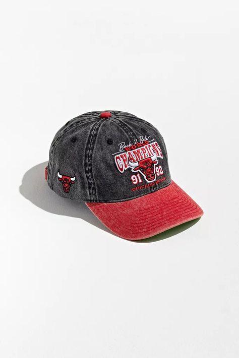 Mitchell Ness Chicago Bulls Back To Back Champs Retro Baseball Hat Baseball Hats Mitchell Ness Chicago Bulls