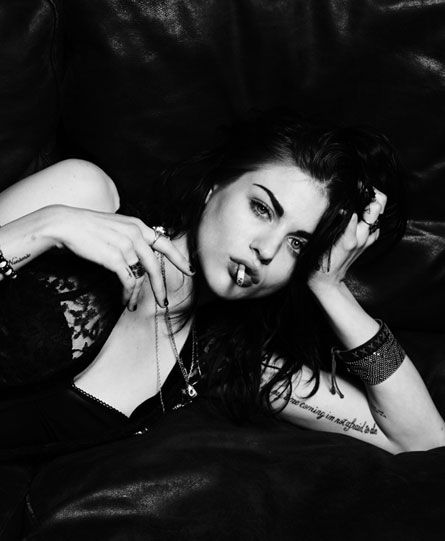 Frances Bean Cobain, only daughter of the late Kurt Cobain and still barely living Courtney Love's, has taken over control of the publicity rights of Father Kurt's name, likeness and appearance.