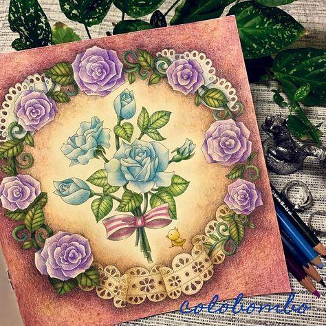 しばらくぶりのダイソー100円塗り絵 今回は初めに黄土色で全体を塗ってからの彩色です ロマンチックに仕上げました ぬりえ 塗り絵 おとなのぬりえ 大人の塗り絵 コロリアージュ Daiso癒しの塗り絵 花の国 ダイソー 花 バラ 薔薇 Daiso Coloriage 刺繍