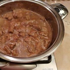 Ricetta Giallo Zafferano Spezzatino Di Vitello.Spezzatino Di Manzo Ricetta Ricette Spezzatino Ricette Di Cucina