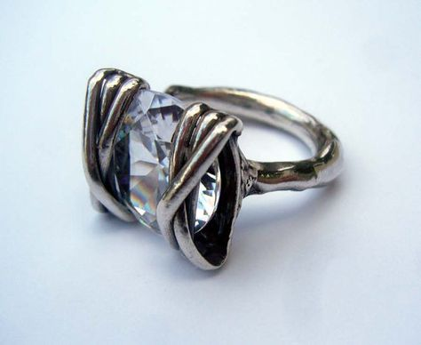SIZE 7.75 Cubic Zirconia Ring Sterling Silver por TevalouJewelry