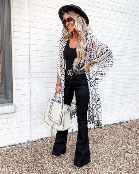 Women Dress 2019 - New Spring Fashion For 2019 - 20 Fabulous Spring Outfits Outfits With Hats, Jean Outfits, Casual Outfits, Summer Outfits, Cute Outfits, Outfits With Kimonos, Girl Outfits, Outfit Jeans, Lässigen Jeans