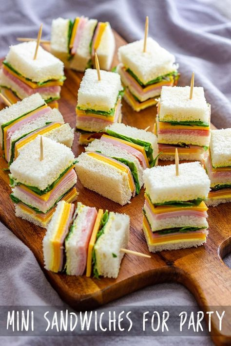 Mini sandwiches are a great snack not only for kids lunchboxes, but they are also perfect for brunch, party, baby shower or picnic. Ready in 10 minutes, these simple ham and cheese sandwiches are always a hit at any gathering! Tea Party Sandwiches, Appetizer Sandwiches, Mini Appetizers, Finger Sandwiches, Appetizer Recipes, Baby Shower Appetizers, Christmas Appetizers, Baby Shower Sandwiches, Sandwich Platter