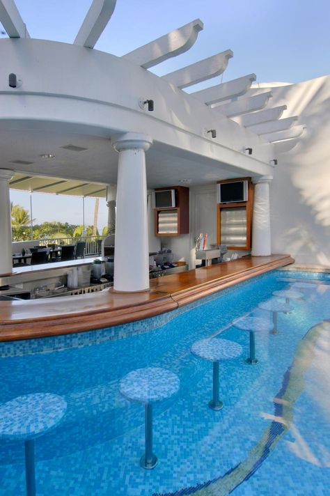 60 Summer Pool Bar Ideas to Impress Your Guests. - Home Garden Magz - - 60 Summer Pool Bar Ideas to Impress Your Guests. - Home Garden Magz Dream Home Design, My Dream Home, House Design, Pool Bar, Pool With Bar, Pool Lounge, Dream Mansion, House Ideas, Luxury Pools